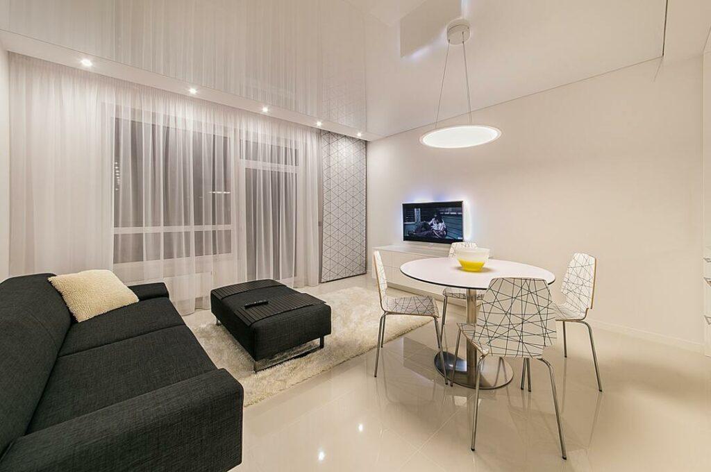 weiße Fliesen im Wohnzimmer 3